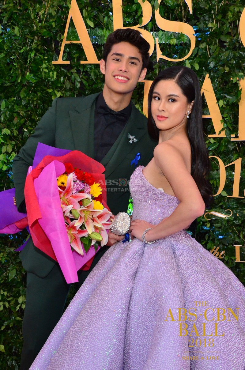 LOOK: Donny Pangilinan being a true gentleman to Kisses Delavin at the ABS-CBN Ball 2018